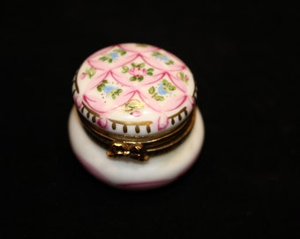 Limoge white box with pink flower