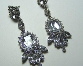 Vintage inspired earrings, bridal drop earrings,