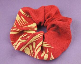 Japanese Kimono fabric scrunchie - red 03