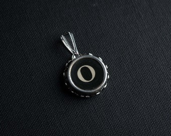Initial TYPEWRITER Key PENDANT Letter O Black or Light Jewelry Vintage Unique Gift