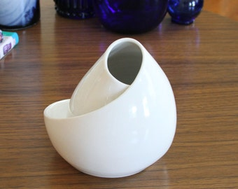 White Ceramic Sculpture - Mid Century Inspired Ceramic Sculpture - Conversation Piece No. 8