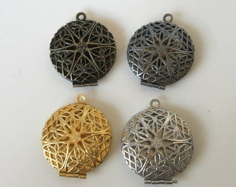 FILIGREE LOCKETS 27mm (in antique brass silver tone) - Code 120.918