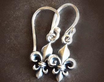 Sterling Fleur de Lis Earrings by donnaodesigns