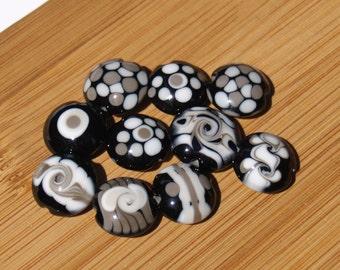 Black and white destash