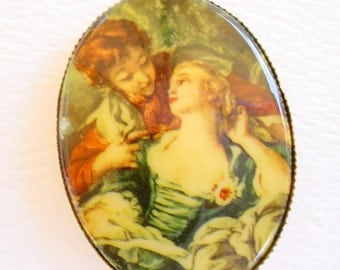 Vintage Romantic Victorian Couple Pendant Necklace