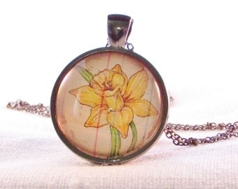 March Birth Month Necklace - March Birthday - Daffodil Necklace - Flower Jewelry - Yellow Daffodil - Birthday Gift - March Flower