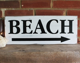 Wood Sign To the Beach Wall Decor with Arrow Seaside Coastal Vintage Look