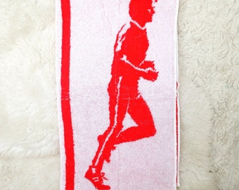 Vintage retro runner running novelty terry cloth hand sports towel red and white workout fitness man