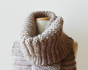Beige Wool Chunky Knit Scarf, Long Womens Scarves, Mens, Neck Warmer, Cute Wrap Shawl, Winter Accessories, Winter Scarf, Hand Knit Scarf