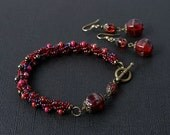 SALE Red beadwoven jewelry set - bracelet and earrings