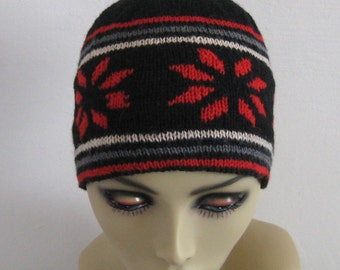 Knitted Beanie . Norwegian Skull Cap . Hand Knitted Norwegian Wool Cap