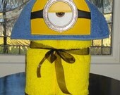 Minion Stuart Hooded Towel   READY TO SHIP