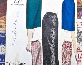 Vintage 1960s Womens Skirt Pattern - Vogue 5376