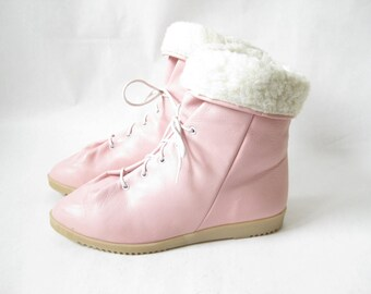 Vintage 80's Mootsie Tootsie Pink Leather Lace Up Boots. LIKE NEW Size 7