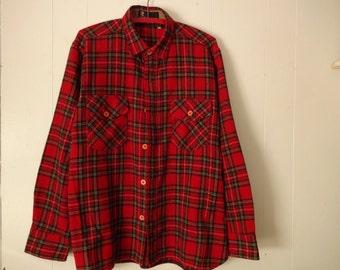 Vintage Royal Robbins Shirt L..Mens Wool Shirt..Wool Plaid Shirt..Mens Shirt..Wool Work Shirt..Vintage Outdoor Shirt..Red Plaid Shirt