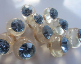 Vintage buttons, lot of 10 matching, clear acrylic with light blue rhinestone solitaire centers (aug 150)