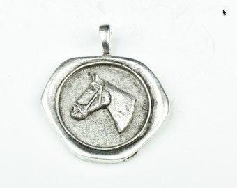 Wax Seal pendant with embedded  horse head  MADE IN USA 35mm, 1 each P4407AS