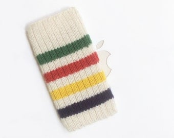 iPod Nano 7G Cover Hand Knit in Wool - Canadian Hudson Bay Point Blanket Design