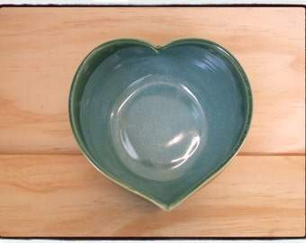 Second Sale-Heart Bowl in Turquoise/Green by misunrie