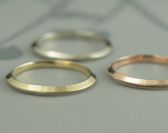Saturn's Rings~Solid Gold Knife Edge Band~Women's Wedding Band~Gold Wedding Band~Gold Wedding Ring~Thin Profile Ring~Handmade Band