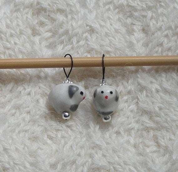 Knitting Sheep Stitch Markers - snag free loops - white ceramic sheep beads -...