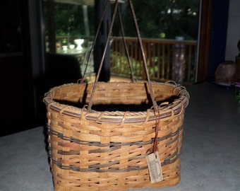 vintage handmade splint tri color wicker gathering BASKET with metal bale and wooden handle signed Roberta