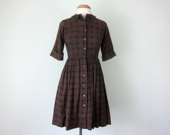 60s folklore print cotton day dress full pleated skirt fitted waist (s - m)