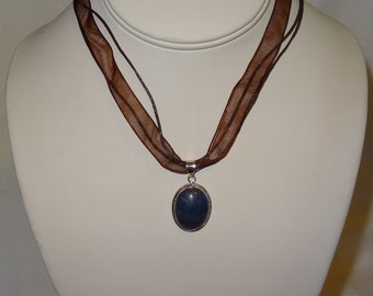 Sterling Silver Lapis Lazuli Pendant Necklace