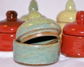 Salt & Pepper Pinch pots