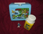 Vintage 1980's SMURF Vinyl LUNCHBOX With Thermos and Band Leader Figure Fishing Graphics