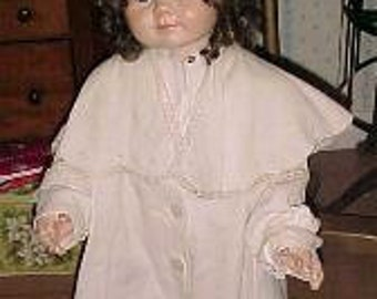 Vintage/Victorian/Edwardian Childs/Girls Coat Exagerrated Big Collar White/Pattern Study