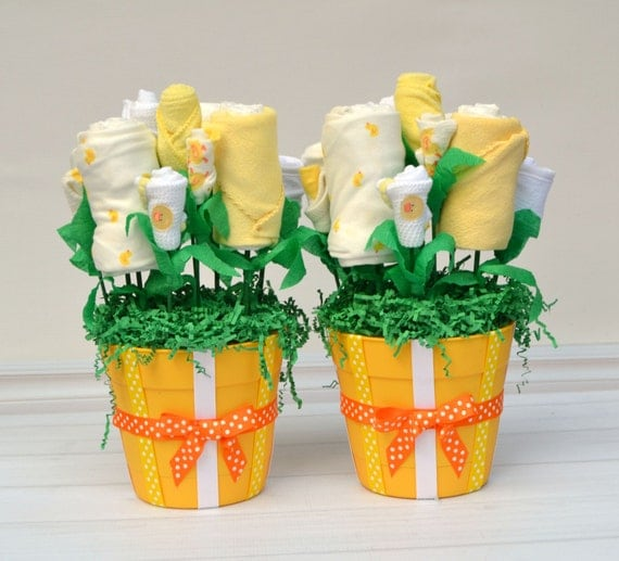 Twin Baby Gift, Newborn Twin Shower Gift, Gender Neutral Twin Gift Basket, Twin Baby Shower Decorations, Yellow Ducks, Unique Twin Bouquet