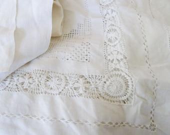 7 easy pieces of vintage linen