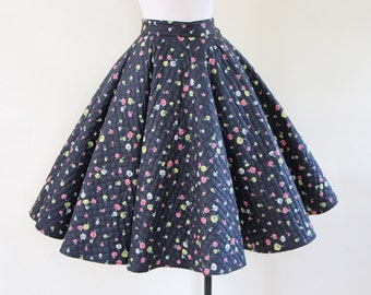 50s Skirt - Vintage 1950s Quilted Circle Skirt - Black Colorful Rose Floral Print Cotton Full Skirt XS - Tuesday's Child