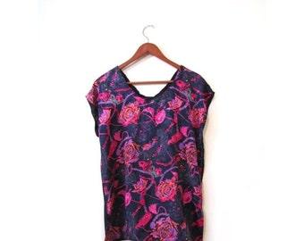 BTS SALE Vintage 80s Blue Floral V Neck Short Sleeved Blouse s m l