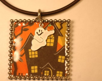 Haunted House Necklace ,  Halloween Necklace , Ghost Necklace