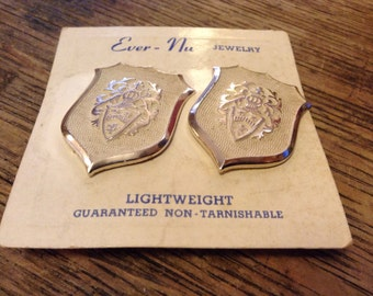 Vintage coat of arms Ever-Nu clip on earrrings
