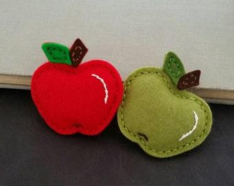 Wool Felt,  Red or Green felt apple, Felt  Fruit, Back to School , Fall, Thanksgiving , Autumn -  Snap Hair Clip - Alligator - Medium Size