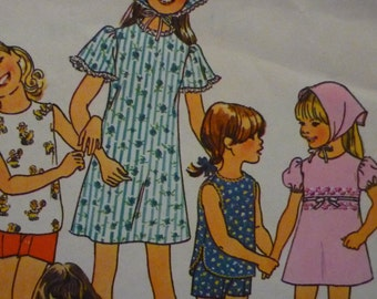 Vintage 1976 Girl's Jiffy Dress, Top, Shorts, and Scarf Pattern