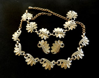 Magnificent parure 1950 SARAH COV - Splendour of crystals and gold -necklace choker, bracelet and earrings-art.258-