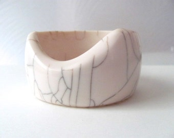 Unique ivory resin modernist vintage bangle bracelet, raku cracked style, geometric bracelet, chunky bangle