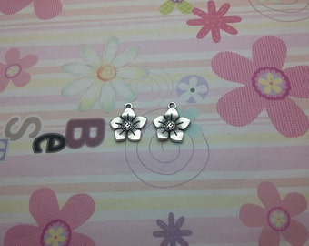 20pcs antique silver flower findings 17mmx15mm