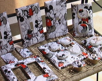 Mickey and Minnie Mouse Disney Light Switch Plate Cover Outlet Covers or Knobs