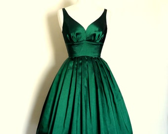 UK Size 14 Emerald Green Sweetheart Taffeta Prom Dress  - Made by Dig For Victory