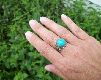 Turquoise gemstone cabochon Ring in Antiqued Silver tone - Adjustable filigree Ring, Boho Bohemian, Gypsy Ring
