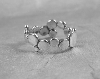 Connect the Dots Sterling Silver Ring size 5