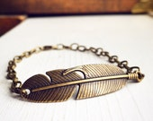 Feather Layering Bracelet / Hippie Antique Brass Bronze Adjustable Charm Bracelet / Bohemian Boho Gypsy Style