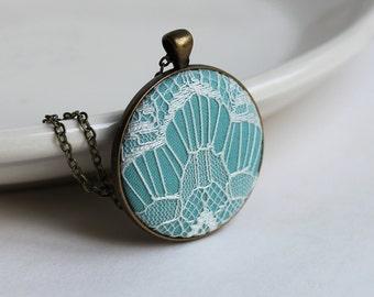 Art Deco Lace Pendant, Robins Egg Blue Necklace, Blue and White Jewelry Sky Blue Necklace, Art Deco Jewelry, Geometric Print, Modern Jewelry