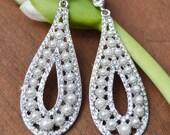 Bridal Chandelier earring, Rhinestone and pearl earrings, Wedding Jewelry, Crystal chandelier earrings,vintage bridal jewelry