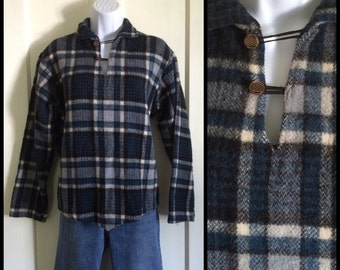 Vintage 1950's pullover Wool Shirt Blue Black Plaid looks size S